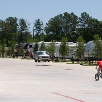 Northlake RV Resort Bike & Trailers