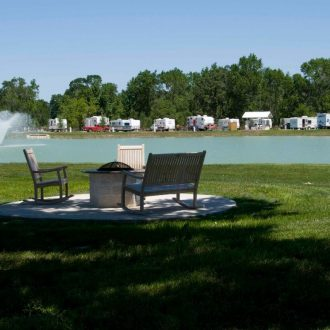 Northlake RV Resort Chairs & Trailers