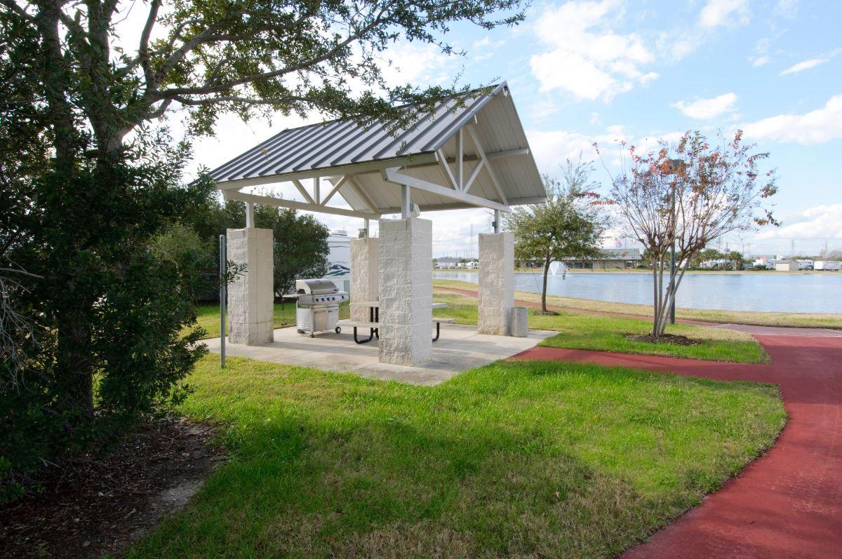 Lakeview RV Resort | Long Term RV Park Houston Texas 77035