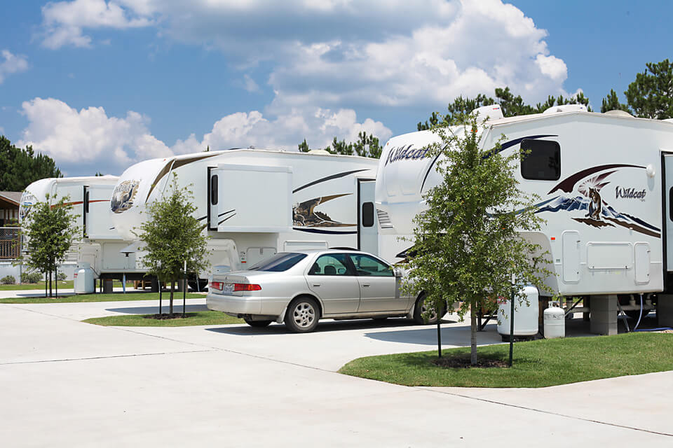 Eastlake RV Resort | Long Term RV Park East Houston Texas